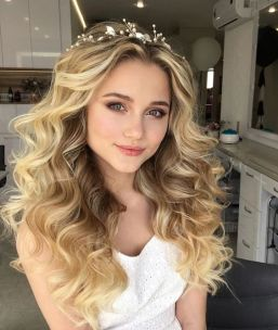 50 Natural Loose Hairstyle Looks for Brides Ideas 3
