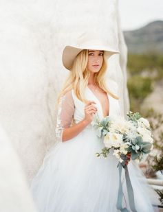 50 Natural Loose Hairstyle Looks for Brides Ideas 48