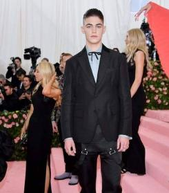 80 The Looks You Need to See From Met Gala 2019 22