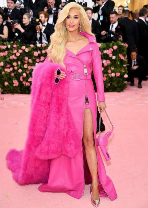 80 The Looks You Need to See From Met Gala 2019 54