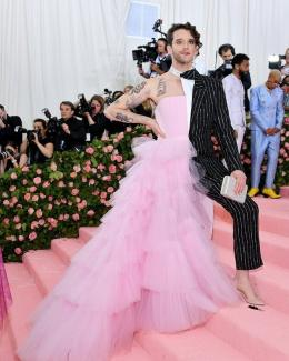 80 The Looks You Need to See From Met Gala 2019 59