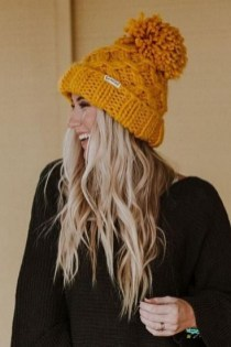 30 Best Warm Winter Hats for Women07