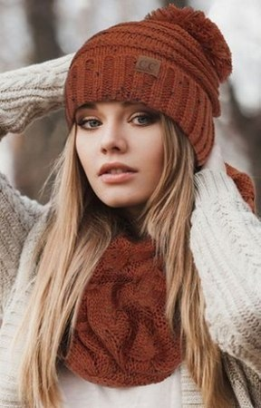 30 Best Warm Winter Hats for Women19