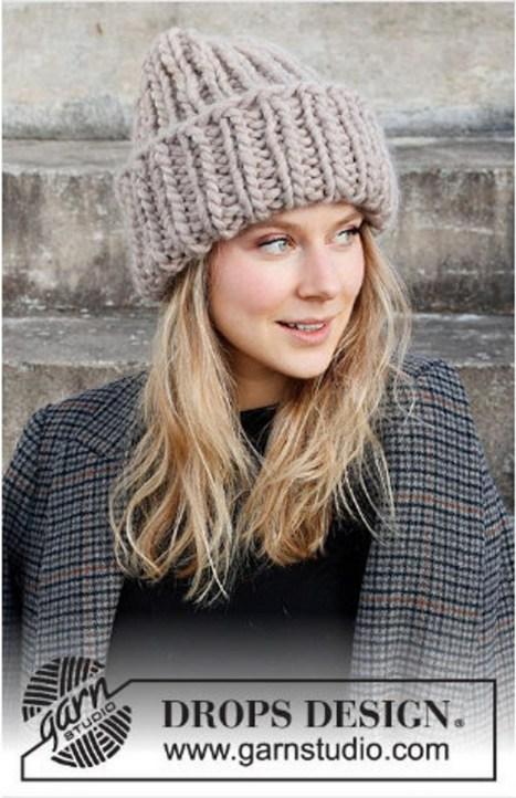 30 Best Warm Winter Hats for Women30