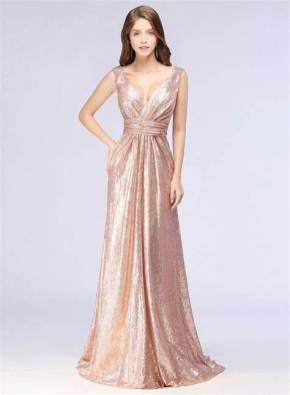 30 Inspiration for a sleeveless long dress outfit to appear feminine and trendy 06