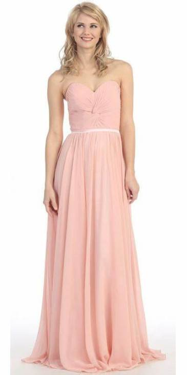 30 Inspiration for a sleeveless long dress outfit to appear feminine and trendy 12