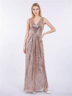 30 Inspiration for a sleeveless long dress outfit to appear feminine and trendy 20