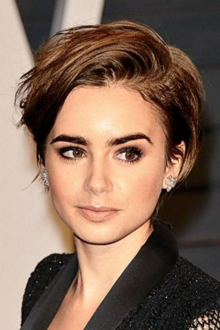40 Beautiful short hairstyle Ideas for 2021 35