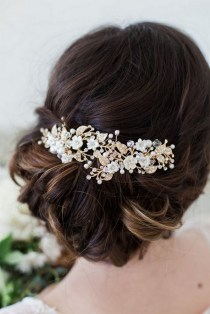 40 How Elegant Wedding Hair Accessories Ideas 13