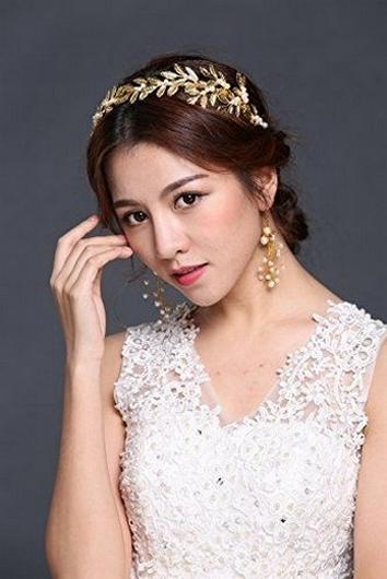 40 How Elegant Wedding Hair Accessories Ideas 26