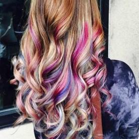 50 Best Peek A Boo Hair Color Ideas 41
