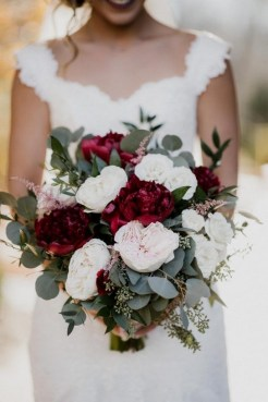Best Romantic Peony Wedding Bouquet Inspiration 01
