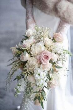 Best Romantic Peony Wedding Bouquet Inspiration 21