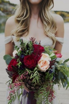 Best Romantic Peony Wedding Bouquet Inspiration 23