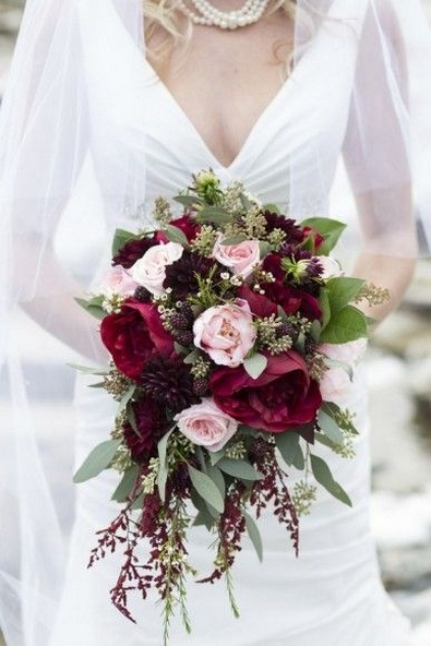 Best Romantic Peony Wedding Bouquet Inspiration 25
