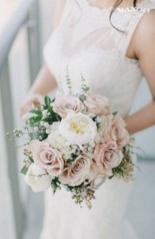 Best Romantic Peony Wedding Bouquet Inspiration 27