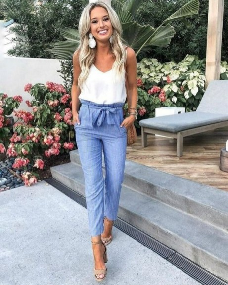 How To Style Casual Spring Outfits for Women 22