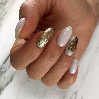 Inspiring Almond Shaped Nail for Girls 04