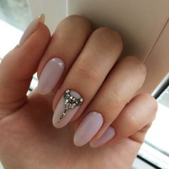 Inspiring Almond Shaped Nail for Girls 08