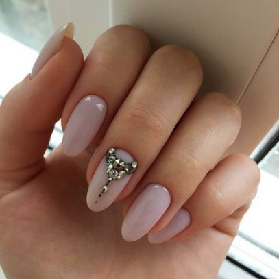 Inspiring Almond Shaped Nail for Girls 08