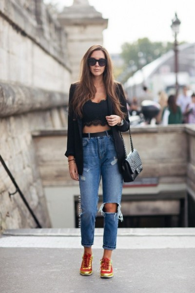 Mom Jeans Outfits Ideas for 2021 24