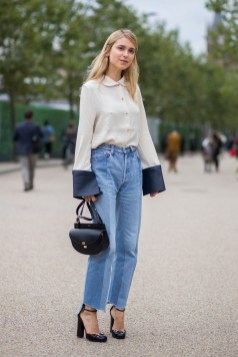 Mom Jeans Outfits Ideas for 2021 42