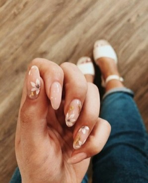 Spring Nail art Design and Colors Ideas For 2021 01