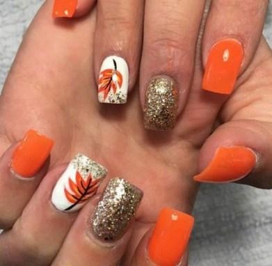 20 Adorable Fall Nail Art Ideas 18