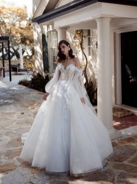 25 Adorable Wedding Dresses for Falll 08