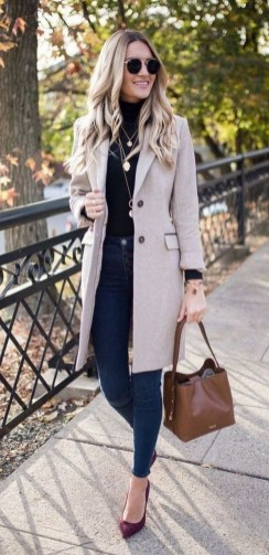 30 Fashionable Fall Outfits This Year 18