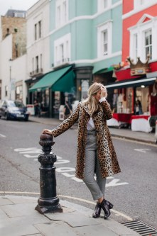 30 Stylish fall boots women outfit ideas 07