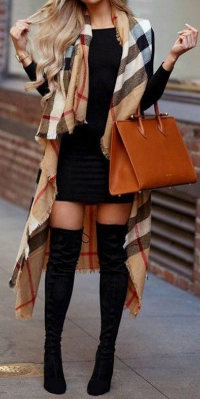 30 Stylish fall boots women outfit ideas 17