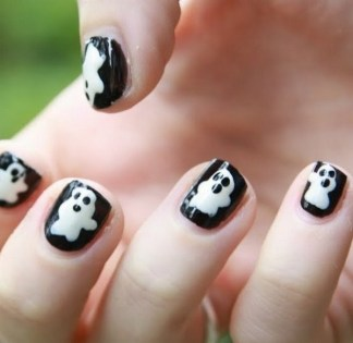 50 Cute Halloween Nail Art You Will Love 34