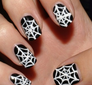 50 Cute Halloween Nail Art You Will Love 49