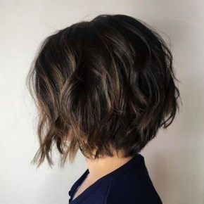 60 Dare to be Sexy with Short Hairstyle Look 11