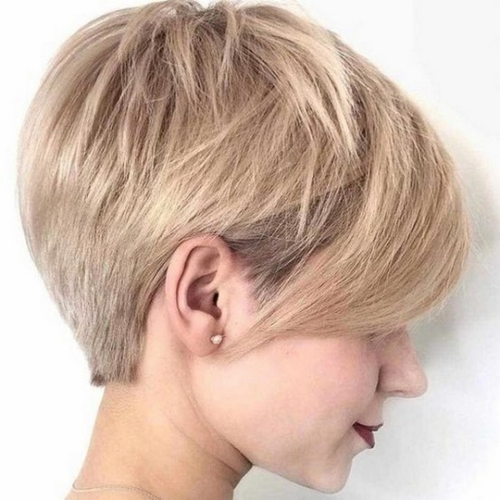 60 Dare to be Sexy with Short Hairstyle Look 67