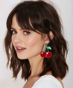 100 Ways to Look Younger with Stylish Bang Hairstyles 108