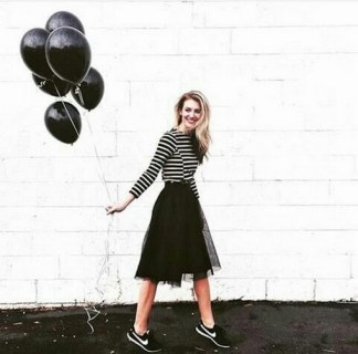 40 Simple Glam Black Tulle Skirt Outfits Ideas 10