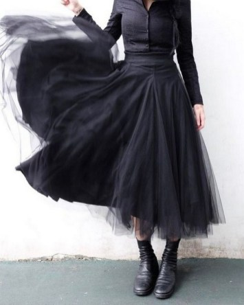 40 Simple Glam Black Tulle Skirt Outfits Ideas 20