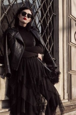 40 Simple Glam Black Tulle Skirt Outfits Ideas 37