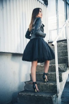 40 Simple Glam Black Tulle Skirt Outfits Ideas 4