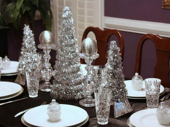 50 How to Arrange a Dining Table for Christmas Occasion 17