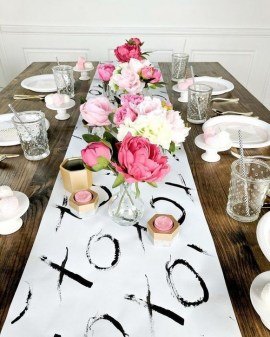 50 Romantic Valentines Party Decoration You Need to See 23