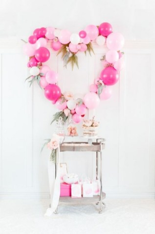 50 Romantic Valentines Party Decoration You Need to See 40