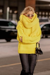 60 Adorable Yellow Outfit for Winter 10