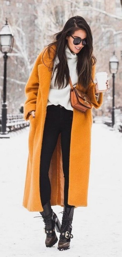 60 Adorable Yellow Outfit for Winter 41