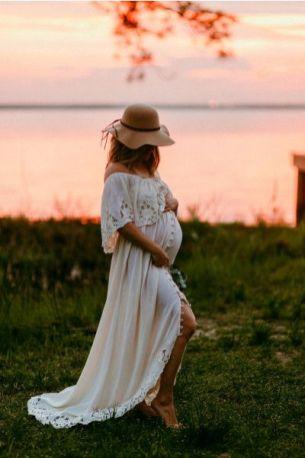 80 Outdoor Maternity Photoshoot Ideas 18