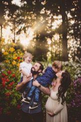 80 Outdoor Maternity Photoshoot Ideas 73