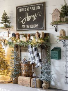 How Stunning Rustic Christmas Decorations Ideas 10