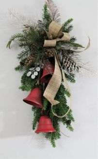How Stunning Rustic Christmas Decorations Ideas 28